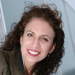 Lisa Albrecht head shot